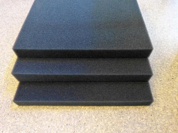 Filtermatte 50cmx50cmx5cm (schwarz/mittel)